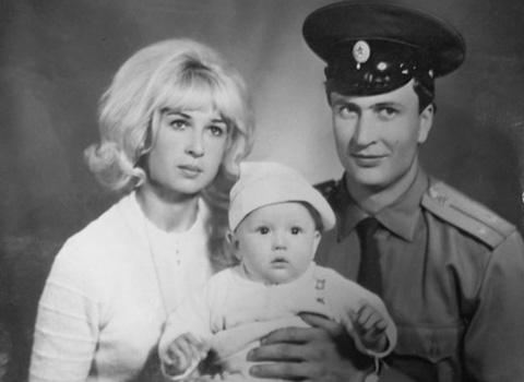 молодая офицерская семья Порубиных