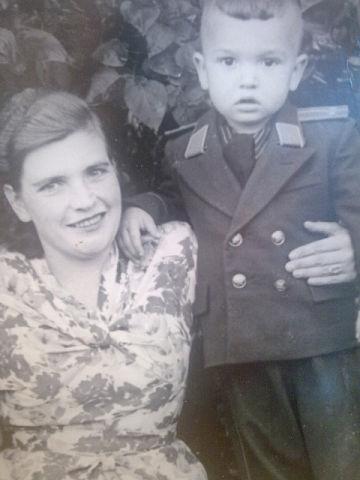 Юный л-т Ушаков