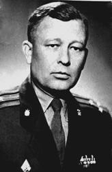 п-к Вольнюк П.Л. выпуск курсантов 1966 года